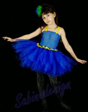 Inchiriere rochita serbare albastrea  648