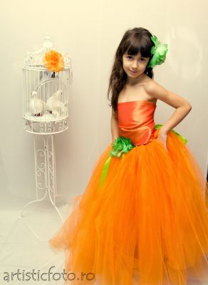 Rochita portocalie fetite 209