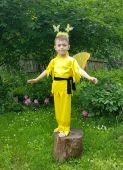 Costum serbare fluturas galben baiat 7152V